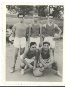 GAUDI  EQUIP 1945