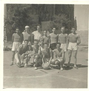 SETEMBRE-1948-1ER-I-2ON-EQUIPS-GAUDI-SAGRADA-FAMILIA